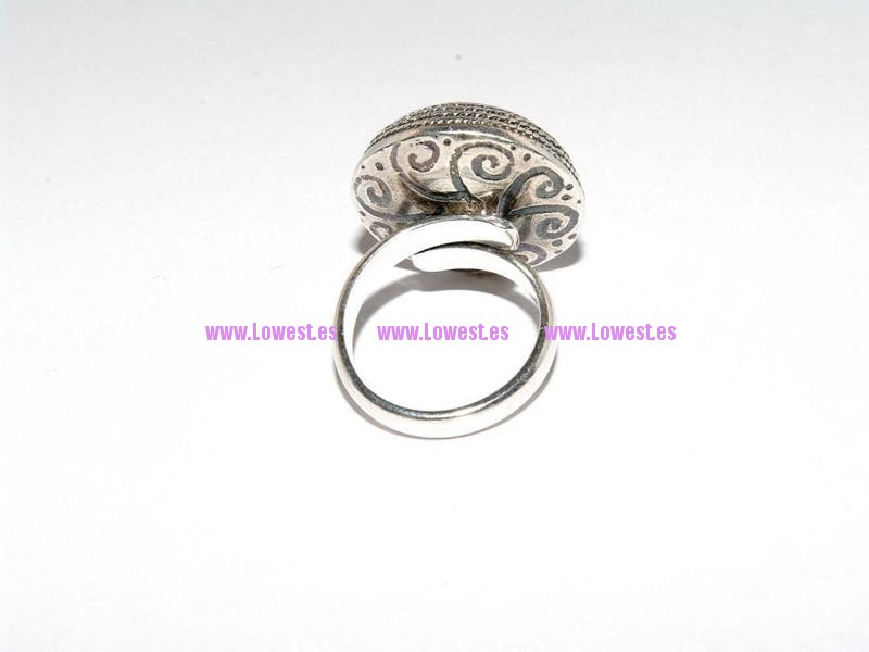 anillo de plata filigrana b