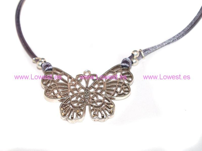 collar mariposa belen esteban