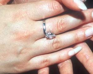 belen esteban anillo