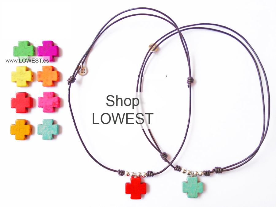 collar con cruces