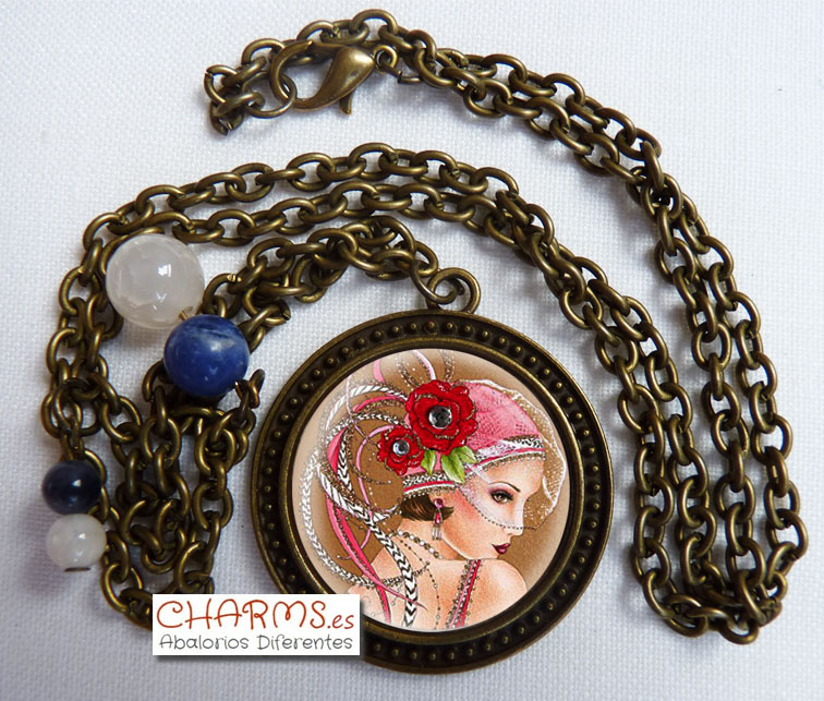 collar vintage bronce