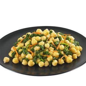 Garbanzos con espinacas y zanahoria