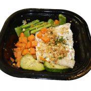 Filete de pescado con verduritas y almendras