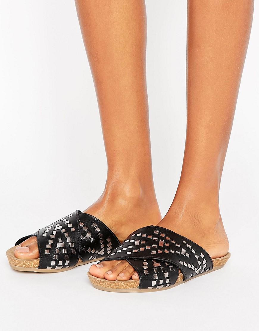 Sandalias de cuero con tira cruzada FERGO en ofertas calzado