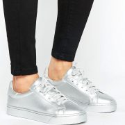 Zapatillas de deporte metalizadas con cordones de New Look