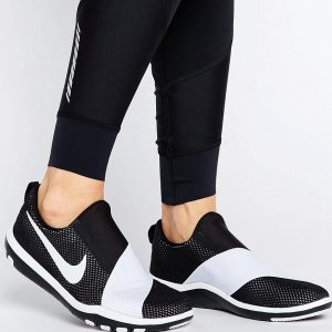Zapatillas de deporte negras Free Connect de Nike