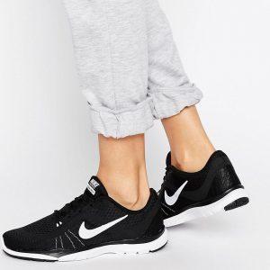 Zapatillas de deporte negras Tr 6 de Nike