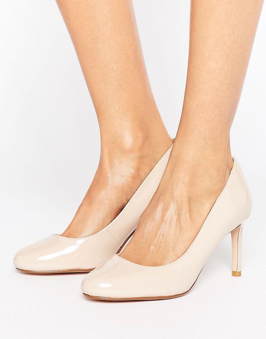 Zapatos de salon con puntera redonda de Dune