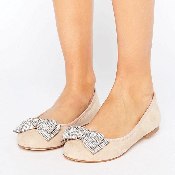 Zapatos planos adornados Ackley de Faith