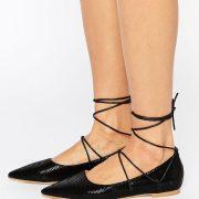 Zapatos planos en punta con cordones Carter de RAID
