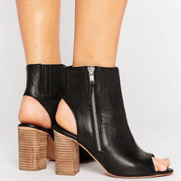 Botines altos de cuero con corte ancho EARNEST en ofertas calzado