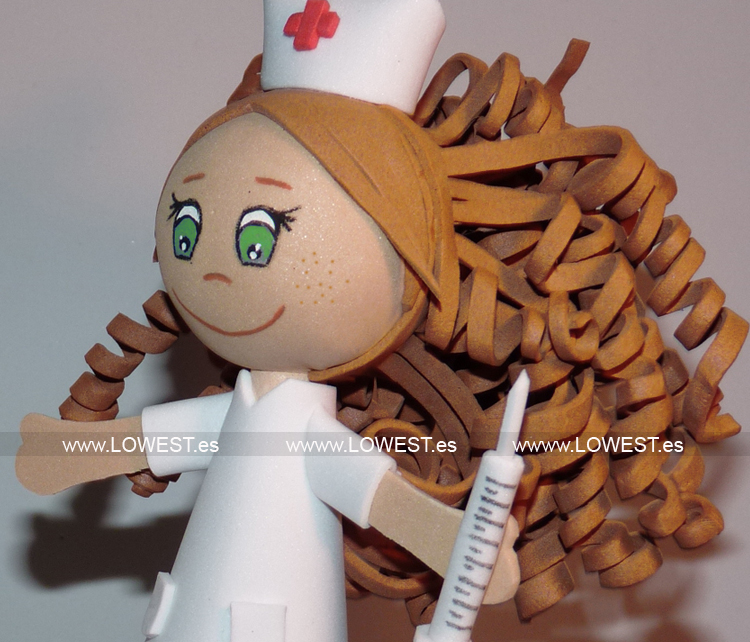 muñeca enfermera saturada