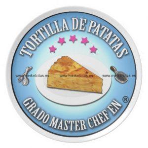 grado master chef en tortilla de patatas plato para fiesta retrocharms