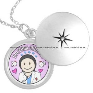 regalos doctora cuidame morena medallones retrocharms
