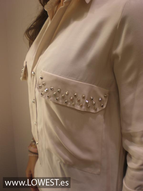 blusa moda tachuelas