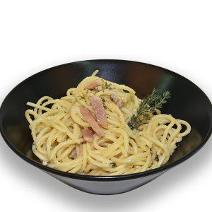 Espaguetis con salsa carbonara