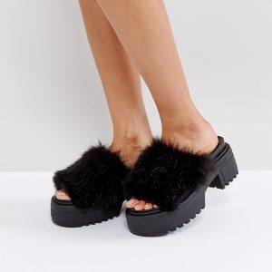 Mules con suela gruesa y acabado peludo TOOTY FRUITY en ofertas calzado
