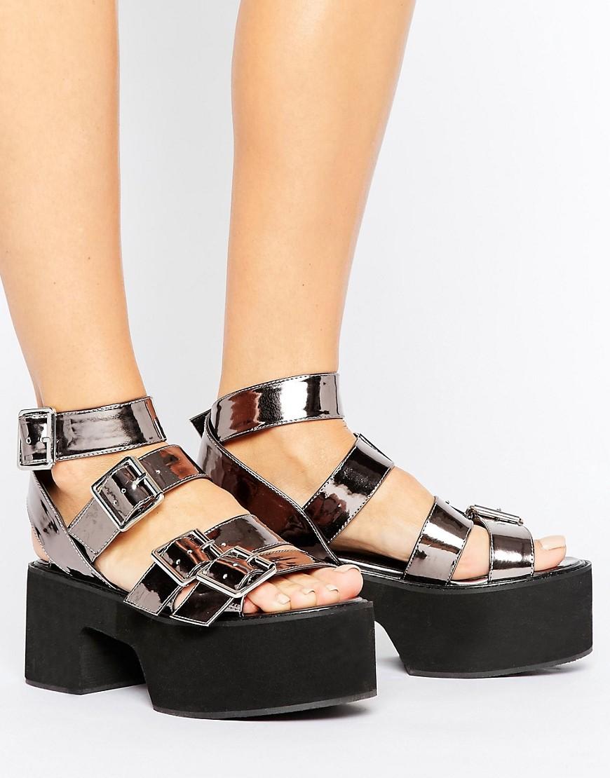 Sandalias con suela gruesa y hebillas TORONTO en ofertas calzado