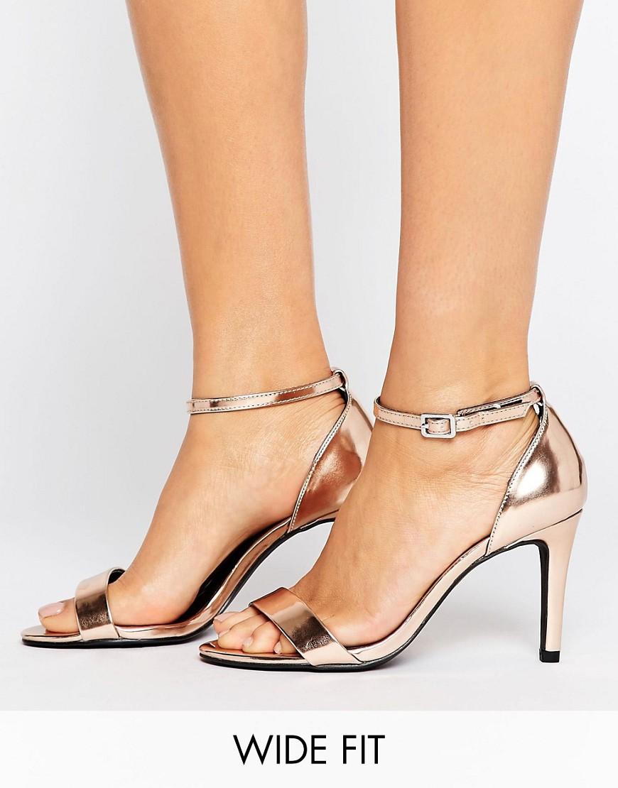 Sandalias de corte ancho con detalle de hebilla Barely There de New Look