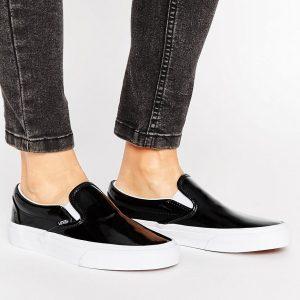 Zapatillas clasicas sin cierres UA de Vans
