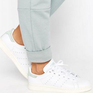 Zapatillas de deporte blancas con detalles en verde pastel Stan Smith de adidas Originals