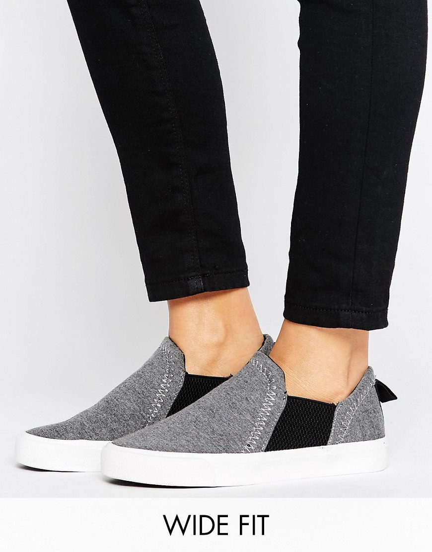 Zapatillas de deporte de punto sin cierres de New Look Wide Fit