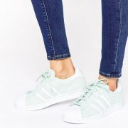 Zapatillas de deporte en ante menta Superstar de adidas Originals
