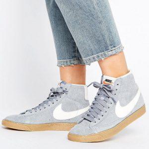 Zapatillas de deporte hi-top de ante gris Blazer de Nike