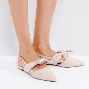 Zapato plano con tira trasera y lazo extragrande de Coco Wren