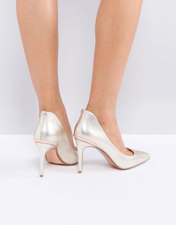 Zapatos de salon de tacon en dorado Saviy de Ted Baker