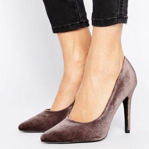 Zapatos de salon de terciopelo con puntera en punta de New Look