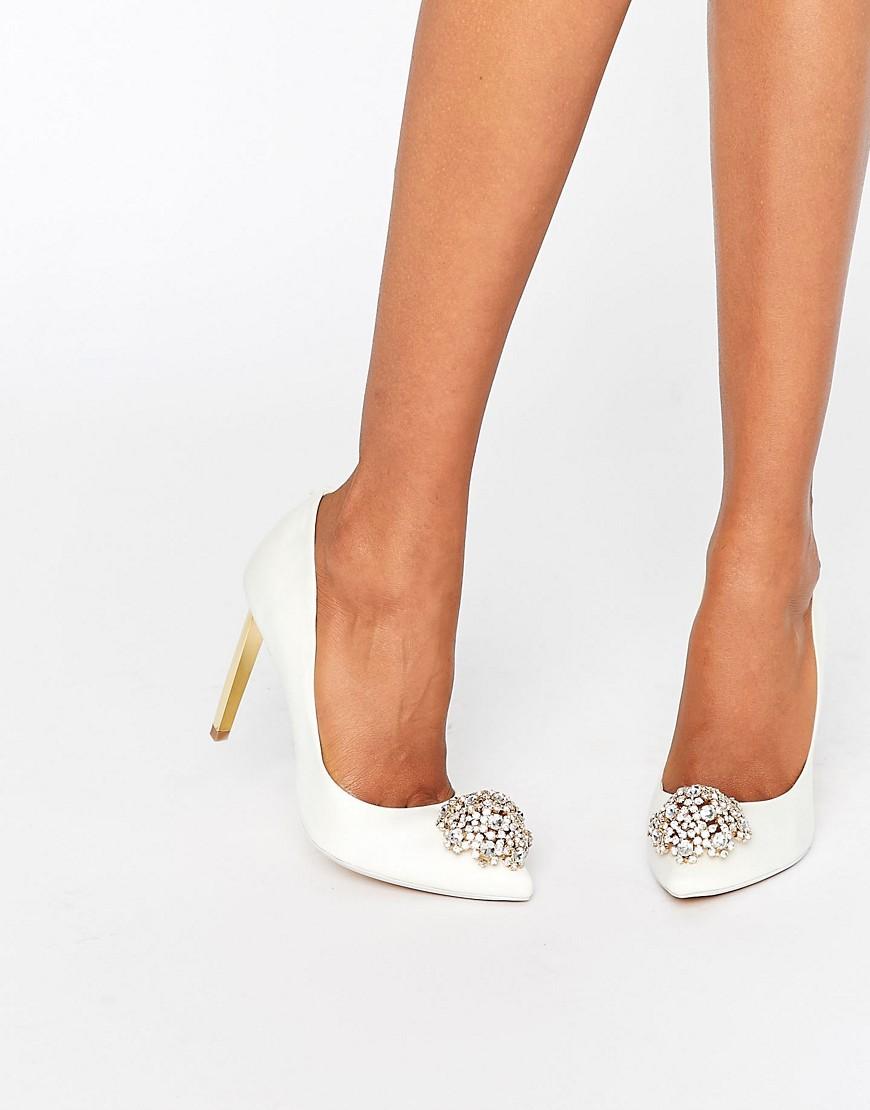 Zapatos de salon en marfil con adornos Peetch Tie The Knot de Ted Baker