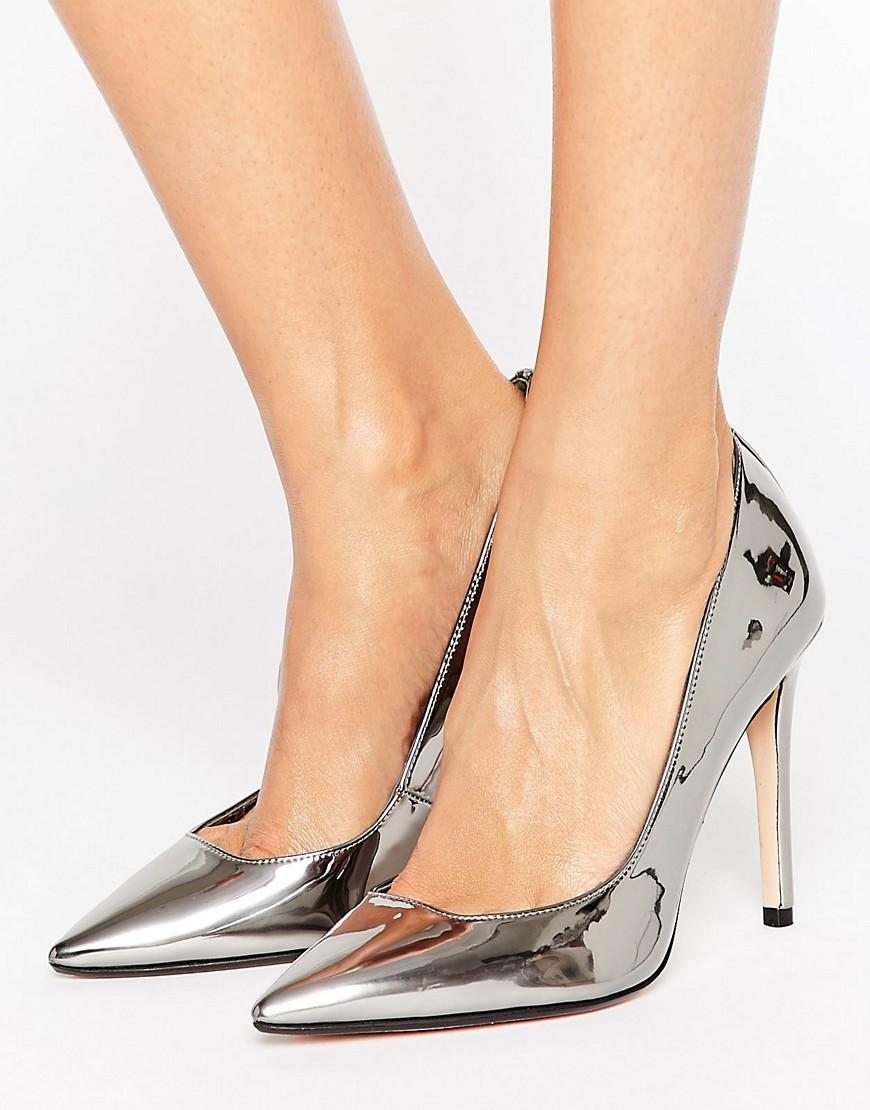 Zapatos de salon en punta con tacon alto de Dune