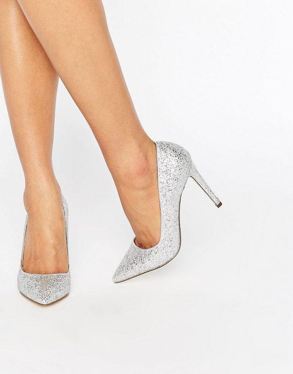 Zapatos de salon plateados Nusa de Call It Spring