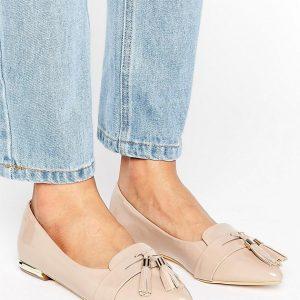 Zapatos planos en punta con borlas Nikki de Miss KG