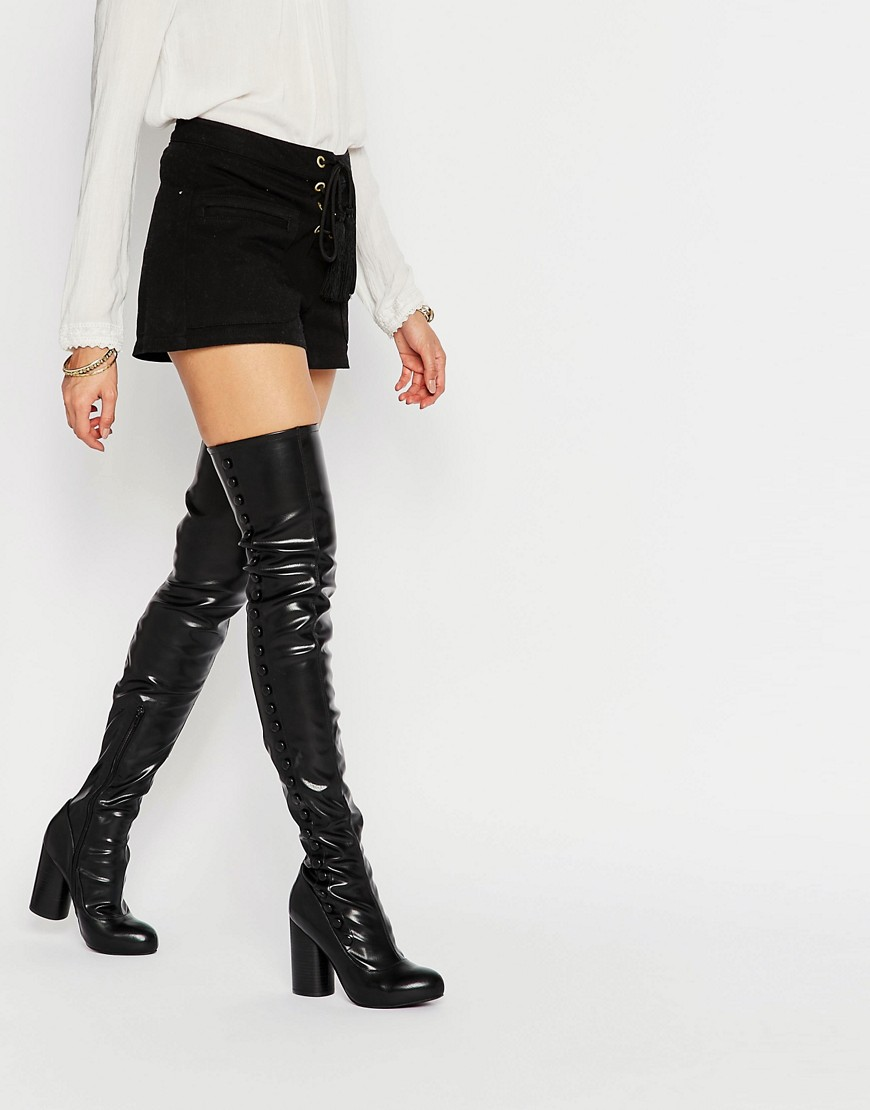 Botas elasticas por encima de la rodilla con tacon alto en negro de Jeffrey Campbell