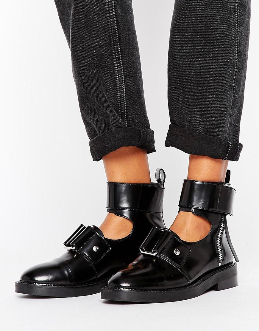 Botines de cuero con aberturas AXLE en ofertas calzado