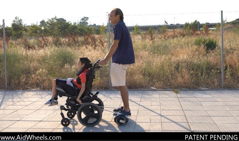 acoplar hoverboard a silla de ruedas