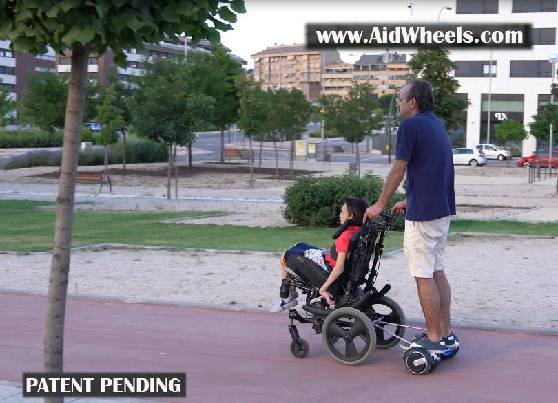 invento para silla de ruedas con hoverboard
